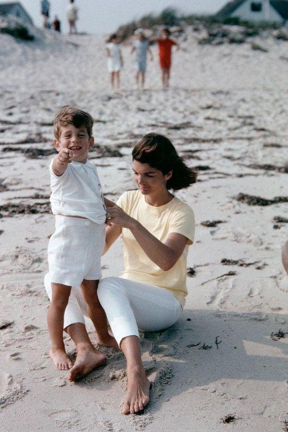 Jackie Kennedy 2 28 03 18